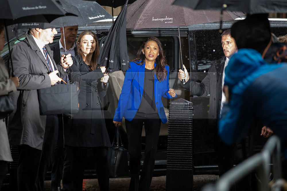 © Licensed to London News Pictures. 24/09/2019. London, UK. Gina Miller (centre) arrives at the Supreme Court in London where judges will deliver their verdict on the legality of Prime Minister Boris Johnson's suspension of Parliament. Photo credit: Rob Pinney/LNP