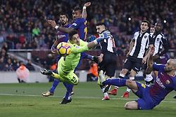 January 7, 2018 - Barcelona, Catalonia, Spain - January 7, 2017 - Camp Nou, Barcelona, Spain - LaLiga Santander- FC Barcelona v Levante UD; Paulinho fails a kick  (Credit Image: © Eric Alonso via ZUMA Wire)