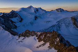 THEMENBILD - Wildspitze (3.774m). Pitztaler Gletscher. Pitztaler Gletscher. St. Leonhard im Pitztal, Österreich am Donnerstag, 19. September 2019 // Wildspitze mountain (3774m). Thursday, September 19, 2019 at the Pitztal Glacier. St. Leonhard im Pitztal, Austria. EXPA Pictures © 2019, PhotoCredit: EXPA/ Johann Groder