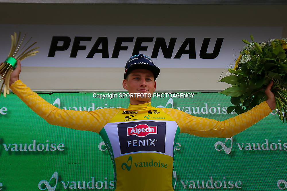 PFAFFNAU (SUI) CYCLING<br /> Tour de Suisse stage 3. The second stage in the Tour of Switzerland was right up Mathieu van der Poel's street. The Dutch champion from Alpecin-Fenix signed for his second consecutive stage win after a powerful sprint in the streets of Pfaffnau. MvdP is also the new leader in the General Classification.