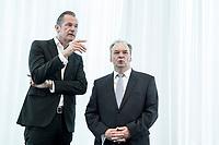 14 JUN 2018, BERLIN/GERMANY:<br /> Matthias Doepfner (L), Vorstandsvorsitzender Axel Springer SE und Praesident Bundesverband Deutscher Zeitungsverleger, und Dr. Reiner Haseloff (R), CDU, Ministerpraesident Sachsen-Anhalt, Pressekonferenz zur Reform des Telemedienauftrags der oeffentlich-rechtlichen Rundfunkanstalten, Landesvertretung Rheinland.-Pfalz<br /> IMAGE: 20180614-01-002<br /> KEYWORDS: Andrea Bähner, Matthias Döpfner