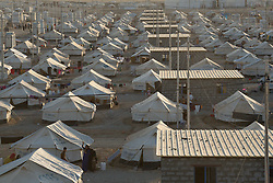 Licensed to London News Pictures. 22/10/2016. A tented area of the Dibaga refugee camp near Makhmur, Iraq. <br />