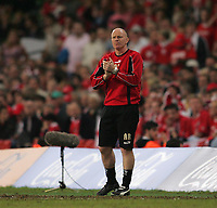 Photo: Lee Earle.<br /> Barnsley v Swansea City. Coca Cola League 1. Play off Final. 27/05/2006. Barnsley manager Andy Ritchie.