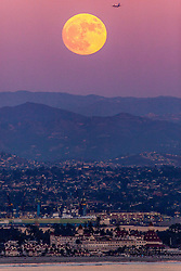 November 13, 2016 - San Diego, CA, US - Supermoon 2016The brightest supermoon in almost 70 years.Supermoons occur about once every 14 months on average. However, Sunday night√ïs supermoon is extra super because the moon will be even closer to Earth than usual...At its closest approach, the moon will be 221,524 miles from our planet, compared with an average distance of  238,900 miles. ..The last time the moon sailed this close to Earth was on Jan. 26, 1948, when it came 30 miles closer. The next time won√ït be until Nov. 24, 2034, when the distance between the two bodies will be 40 miles less..Seen here rising over the historic Hotel Del Coronado (Credit Image: © Daren Fentiman via ZUMA Wire)