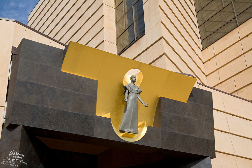 """Robert Graham's """"The Virgin Mary"""" at the Cathedral of Our Lady of the Angels by architect Rafael Moneo, Downtown Los Angeles, California, USA"""
