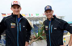 15-07-2014 NED: Persconferentie FIVB Grand Slam Beachvolleybal, Scheveningen<br /> Wereldkampioenen Robert Meeuwsen en Alexander Brouwer