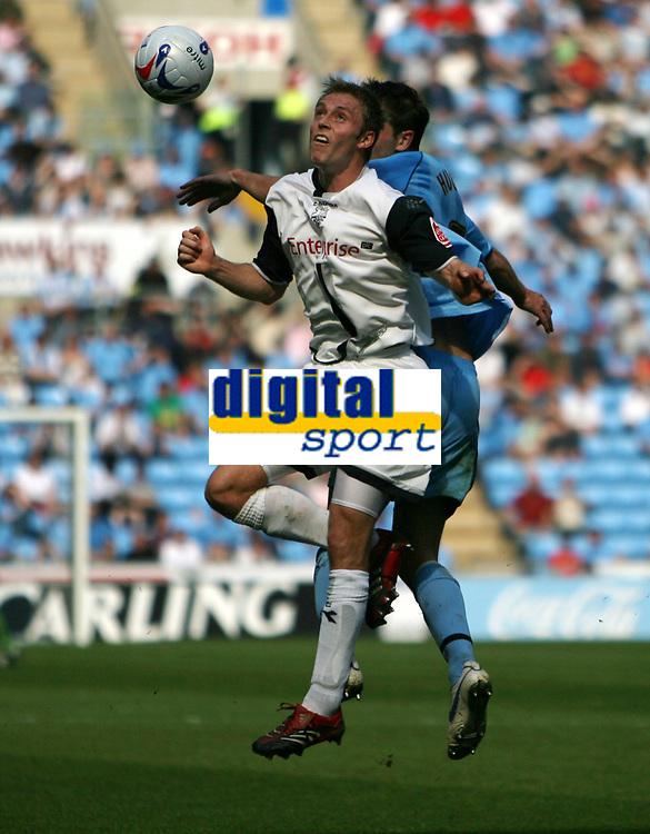Photo: Rich Eaton.<br /> <br /> Coventry City v Preston North End. Coca Cola Championship. 14/04/2007. Scorer of Prestons first goal Chris Sedgwick heads