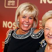 NLD/Amsterdam/20171219 - Inloop NOC/NSF Sportgala 2017, manager Margriet Zeegers en Erika Terpstra
