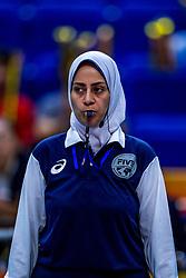 01-10-2018 NED: World Championship Volleyball Women day 3, Yokohama<br /> Netherlands vs. Cameroon 3-0 / Referee  Taghreed Khattab (EGY)
