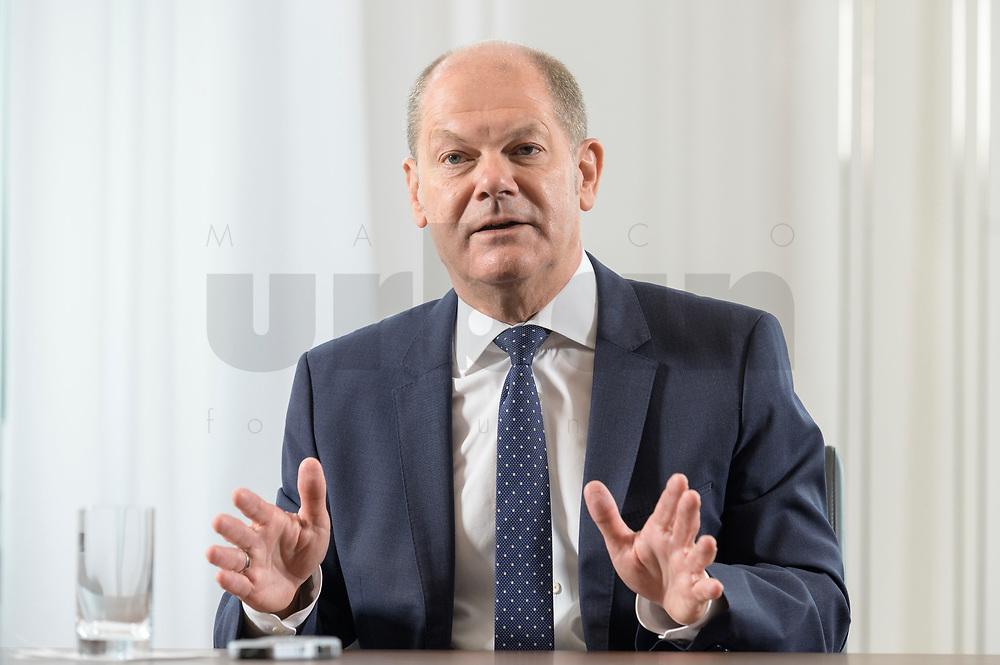28 AUG 2020, BERLIN/GERMANY:<br /> Olaf Scholz, SPD, Bundesfinanzminister, waehrend einem Interview, Bundesministerium der Finanzen<br /> IMAGE: 20200828-01-033