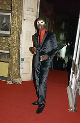 Fashion designer OZWALD BOATENG at the 2006 Moet & Chandon Fashion Tribute in honour of photographer Nick Knight, held at Strawberry Hill House, Twickenham, Middlesex on 24th October 2006.<br /><br />NON EXCLUSIVE - WORLD RIGHTS