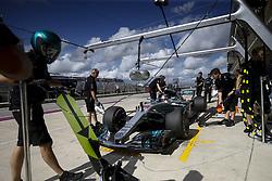 October 21, 2017 - Austin, United States of America - Motorsports: FIA Formula One World Championship 2017, Grand Prix of United States, .#44 Lewis Hamilton (GBR, Mercedes AMG Petronas F1 Team) (Credit Image: © Hoch Zwei via ZUMA Wire)