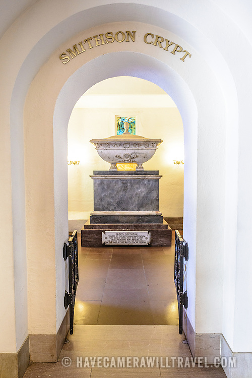 Smithsonian Castle Smithson Crypt. The Smithson Crypt, in the Smithsonian Castle, contains the remains of James Smithson (1765-1829), the founder of the Smithsonian Insttitution. Formally known as the Smithsonian Institution Building, the Smithsonian Castle houses the administrative headquarters fo the Smithsonian Institution as well as some a permanent exhibition titled Smithsonian Institution: America's Treasure Chest. It's distinctive architectural style stands out on the southern side of the National Mall in Washington DC.