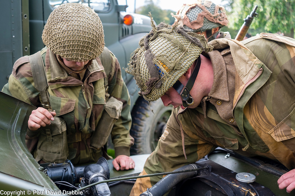 Rufford Abbey 1940's Weekend<br /> Reenactors portraying the 1st British Airborne Division (1st Allied Airborne Corps) trying to get one of their Willys Jeeps re started.<br /> <br />   30 September 2017 <br />   Copyright Paul David Drabble<br />   www.pauldaviddrabble.co.uk