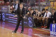 DESCRIZIONE : Roma Lega serie A 2013/14  Acea Virtus Roma Virtus Granarolo Bologna<br /> GIOCATORE : Luca Bechi<br /> CATEGORIA : allenatore coach mani<br /> SQUADRA : Virtus Granarolo Bologna<br /> EVENTO : Campionato Lega Serie A 2013-2014<br /> GARA : Acea Virtus Roma Virtus Granarolo Bologna<br /> DATA : 17/11/2013<br /> SPORT : Pallacanestro<br /> AUTORE : Agenzia Ciamillo-Castoria/GiulioCiamillo<br /> Galleria : Lega Seria A 2013-2014<br /> Fotonotizia : Roma  Lega serie A 2013/14 Acea Virtus Roma Virtus Granarolo Bologna<br /> Predefinita :