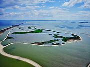 Nederland, Flevoland, Markermeer, 07-05-2021; Trintelzand, nieuw aangelegd natuurgebied gelegen tegen de westelijke zijde van de Houtribdijk. Het gebied ligt tussen tussen de vluchthaven Trintelhaven (aan de dijk) en Enkhuizen. Moerasgebied voor vogels en vissen, met zandplaten, slikvelden en rietoevers. Het Trintelzand wordt gerealiseerd binnen het project Versterking Houtribdijk, en is onderdeel van het Nationaal Park Nieuw Land<br /> Trintelzand, newly constructed nature reserve next to the Houtribdijk. Marsh area for birds and fish, with sandbanks, mudflats and reed banks.<br /> luchtfoto (toeslag op standard tarieven);<br /> aerial photo (additional fee required)<br /> copyright © 2021 foto/photo Siebe Swart