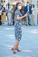 091021 Queen Letizia attends Opening of Madrid Book Fair