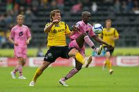Fotball: 03.07 2011 , Tippeligaen Eliteserien ,<br /> Start - Sogndal<br /> <br /> Ahyee Aye Elvis og Espen Børufsen i duell