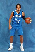 DESCRIZIONE : Bormio Raduno Collegiale Nazionale Italiana Maschile Allenamento<br /> GIOCATORE : Marco Belinelli<br /> SQUADRA : Nazionale Italia Uomini <br /> EVENTO : Raduno Collegiale Nazionale Italiana Maschile <br /> GARA : <br /> DATA : 12/07/2009 <br /> CATEGORIA : ritratti ritratto posati posato<br /> SPORT : Pallacanestro <br /> AUTORE : Agenzia Ciamillo-Castoria/G.Ciamillo