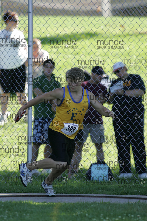 Adam Kovacs competing in the discus at the 2007 Ontario Legion Track and Field Championships. The event was held in Ottawa on July 20 and 21.