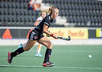 AMSTELVEEN -  Floor de Haan (Amsterdam)  tijdens de hockey hoofdklasse competitiewedstrijd  dames, Amsterdam-Oranje Rood (2-1).  COPYRIGHT KOEN SUYK