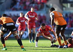 Scarlets Gareth Davies<br /> <br /> Photographer Mike Jones/Replay Images<br /> <br /> Guinness PRO14 Round 22 - Scarlets v Cheetahs - Saturday 5th May 2018 - Parc Y Scarlets - Llanelli<br /> <br /> World Copyright © Replay Images . All rights reserved. info@replayimages.co.uk - http://replayimages.co.uk