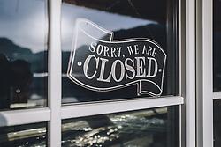 THEMENBILD - geschlossene Eisdiele während der Corona Pandemie, aufgenommen am 17. April 2019 in Hallstatt, Österreich // closed ice cream parlour during the Corona Pandemic in Hallstatt, Austria on 2020/04/17. EXPA Pictures © 2020, PhotoCredit: EXPA/ JFK