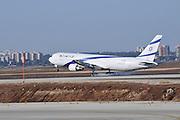 Israel, Ben-Gurion international Airport El Al Boeing 767-300 landing