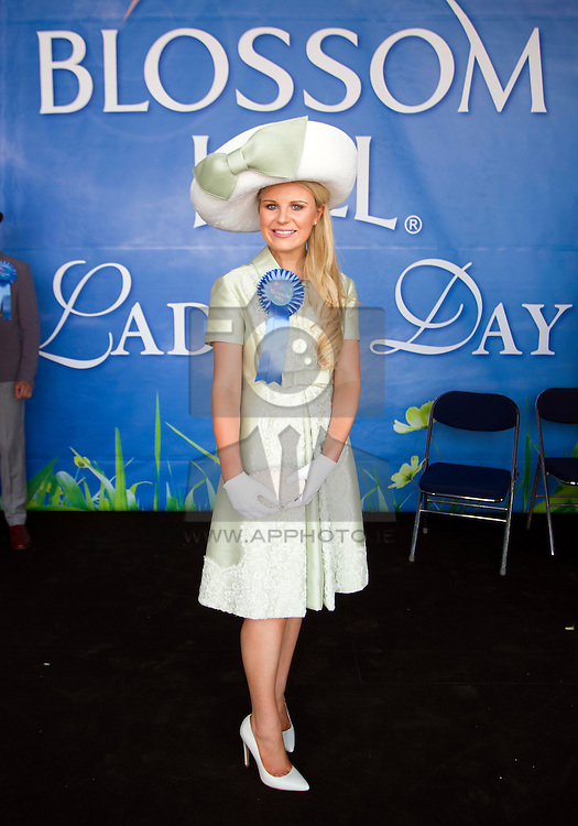 Repro Free: 08/08/2013 Ann Marie Blenner-Hassett from Co. Dublin was named the Blossom Hill Ladies' Day 'Best Dressed Lady'. Annemarie who just became a mum 8 weeks ago won an incredible trip for two to leading fashion capital New York City, Woth €8000 including €1000 spending money. Pic Andres Poveda