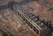 Porto Velho_RO, Brasil...Construcao das hidreletricas no Rio Madeira: Santo Antonio e Jirau em Porto Velho, Rodonia...The Jirau and Santo Antonio Dam is a hydroelectric dam currently under construction on the Madeira River in the state of Rondonia, Brazil. ..Foto: BRUNO MAGALHAES / NITRO
