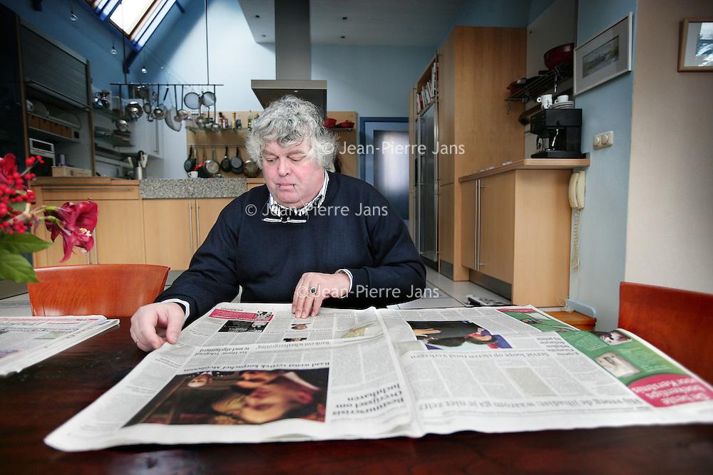 Nederland, Den Haag , 18 december 2009..Ton Maarten Christofoor Elias (Den Haag, 14 maart 1955) is een Nederlands politicus en een voormalig Nederlands journalist. Namens de Volkspartij voor Vrijheid en Democratie (VVD) is hij sinds 18 december 2008 lid van de Tweede Kamer der Staten-Generaal, als tussentijds opvolger van Henk Kamp..Foto:Jean-Pierre Jans