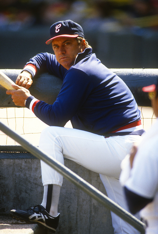 CHICAGO, IL- 1988: White Sox manager Jim Fregosi looks on during an MLB game at Comiskey Park in Chicago Illinois.  Fregosi managed the White Sox from 1986-1988.