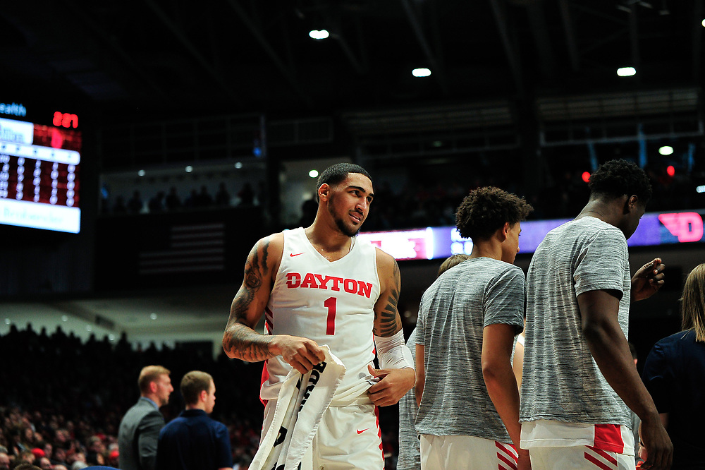 Toppin scores 28, No. 5 Dayton cruises past Duquesne 80-70