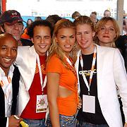 NLD/Rotterdam/20051015 - Kid's Choice Awards 2005, cast Zoop, ?, Jon Karthaus, Nicolet van Dam, Ewout Genemans, Juliette van Ardenne
