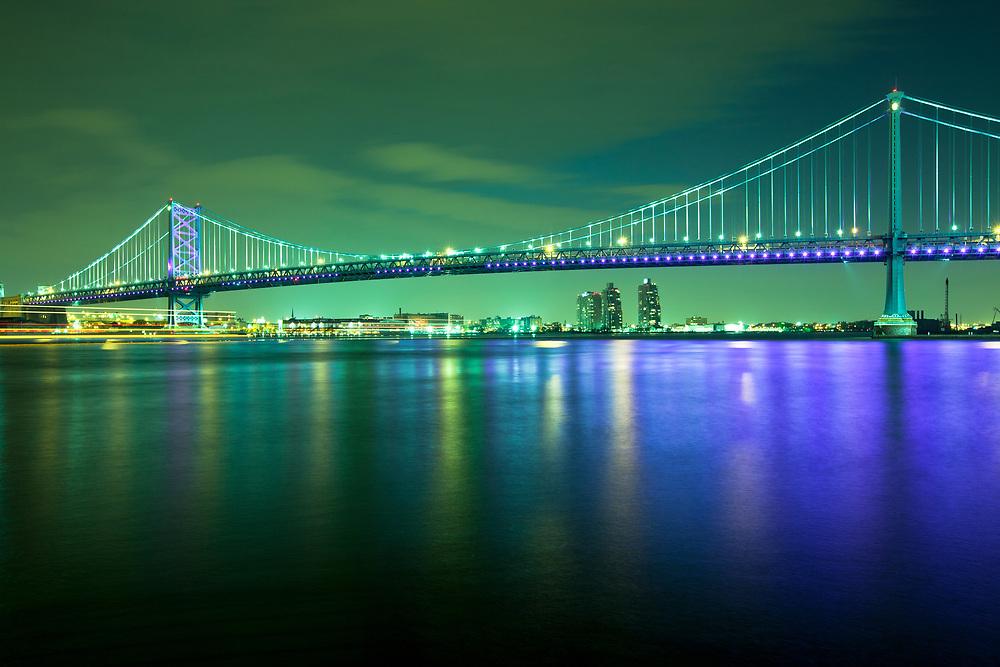 Benjamin Franklin Bridge over the Delaware River, Philadelphia, Pennsylvania, USA