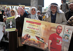 March 28, 2019 - Hebron, West Bank - Palestinians take part in a protest to solidarity with Palestinian Prisoners held in Israeli jails, in the West Bank city of Hebron. (Credit Image: © Wisam Hashlamoun/APA Images via ZUMA Wire)