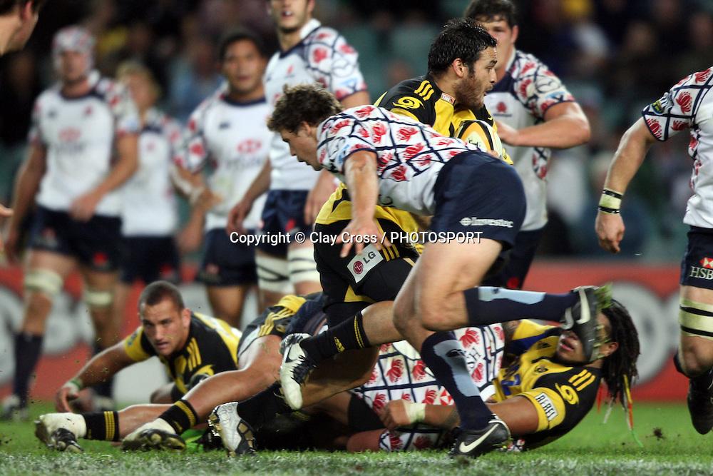 Piri Weepu. NSW Waratahs v Hurricanes. 2010 Super 14 Rugby Union round 14 match played at the Sydney Football Stadium, Moore Park Australia. Friday 14 May 2010. Photo: Clay Cross/PHOTOSPORT