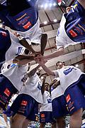 DESCRIZIONE : Beko Legabasket Serie A 2015- 2016 Dinamo Banco di Sardegna Sassari - Manital Auxilium Torino<br /> GIOCATORE : Team Manital Auxilium Torino<br /> CATEGORIA : Fair Play Before Pregame<br /> SQUADRA : Manital Auxilium Torino<br /> EVENTO : Beko Legabasket Serie A 2015-2016<br /> GARA : Dinamo Banco di Sardegna Sassari - Manital Auxilium Torino<br /> DATA : 10/04/2016<br /> SPORT : Pallacanestro <br /> AUTORE : Agenzia Ciamillo-Castoria/L.Canu