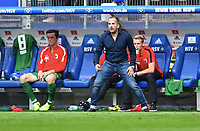 v.l. Michael Gregoritsch, Trainer Manuel Baum (Augsburg)<br /> Hamburg, 19.08.2017, Fussball Bundesliga, Hamburger SV - FC Augsburg 1:0<br /> <br /> Norway only