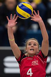 07-12-2014 GER: USC Muenster - Schweriner SC, Munster<br /> Zuspiel Tess von Piekartz (#4 Muenster)<br /> <br /> ***NETHERLANDS ONLY***