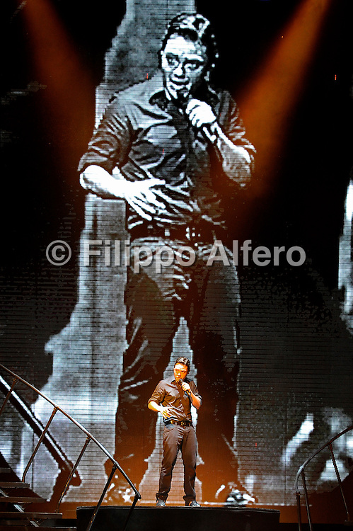 © Filippo Alfero<br /> Venaria (TO), 12/07/2009<br /> spettacolo<br /> Tiziano Ferro in concerto - Venaria Real Music 2009<br /> Nella foto: Tiziano Ferro<br /> <br /> © Filippo Alfero<br /> Turin, Italy, 12/07/2009<br /> entertainment<br /> Tiziano Ferro in concerto - Venaria Real Music 2009<br /> In the photo: Tiziano Ferro