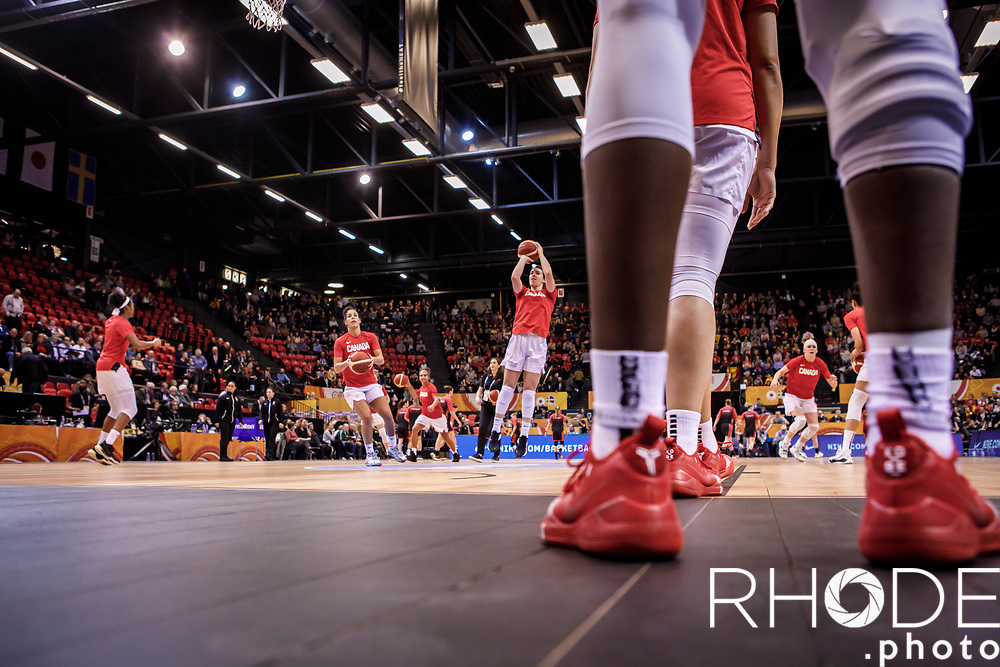 pre game warming up team Canada<br /> <br /> <br /> Day 1 – CANADA (CAN) vs BELGIUM (BEL): 61-56<br /> <br /> FIBA Women's Olympic Qualifying Tournament 2020 – Ostend,  Belgium<br /> Ostend Versluys Dôme (BEL)<br /> <br /> ©RhodePhotoMedia