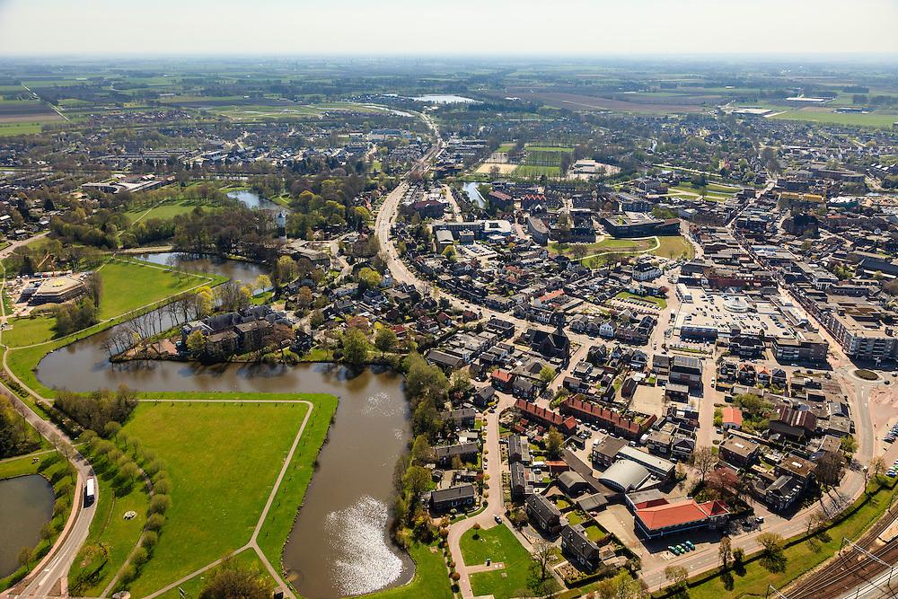 Nederland, Drenthe, Coevorden, 01-05-2013; noordelijk gedeelte van de stad, gezien in zuidzuidoostelijke richting met Van Heutzsingel en Burgmeester Feithsingel<br /> Northern part of Coevorden, provincial city near German border (East Holland).<br /> luchtfoto (toeslag op standard tarieven);<br /> aerial photo (additional fee required);<br /> copyright foto/photo Siebe Swart