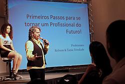 Workshop de Robson Trindade durante a HAIR BRASIL 2011 - 10 ª Feira Internacional de Beleza, Cabelos e Estética, que acontece de 02 à 05 de abril no Expocenter Norte, em São Paulo. FOTO: Jefferson Bernardes/Preview.com