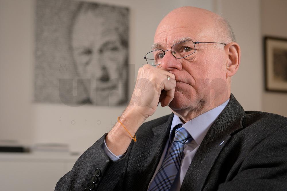 17 DEC 2019, BERLIN/GERMANY:<br /> Norbert Lammert, CDU, Vorsitzender der Konrad-Adenauer-Stiftung, KAS, waehrend einem Interview, in seinem Buero, Konrad-Adenauer-Stiftung<br /> IMAGE: 20191217-02-017<br /> KEYWORDS: Büro
