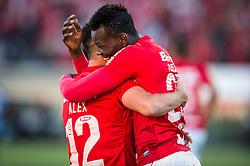 Jogadores do Internacional comemoram gol na partida contra o Grêmio válida pela final do Campeonato Gaúcho 2014, no Estádio Centenário, em Caxias do Sul. FOTO: Vinícius Costa/ Agência Preview
