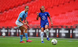 Jill Scott of Manchester City Women applies pressure on Melanie Leupolz of Chelsea Women- Mandatory by-line: Nizaam Jones/JMP - 29/08/2020 - FOOTBALL - Wembley Stadium - London, England - Chelsea v Manchester City - FA Women's Community Shield