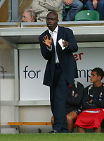 Photo: Paul Thomas.<br /> MK Dons v Swindon Town. Coca Cola League 1.<br /> 01/10/2005.<br /> <br /> Swindon manager Iffy Onuora gives his team some instructions.
