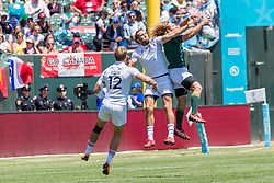 July 22, 2018 - San Francisco, CA, U.S. - SAN FRANCISCO, CA - JULY 22: South Africa's Werner Kok and England's Mike Ellery fight for the ball during the semifinal match between England and South Africa at the Rugby World Cup Sevens on July 22, 2018 at AT&T Park in San Francisco, CA. (Photo by Bob Kupbens/Icon Sportswire) (Credit Image: © Bob Kupbens/Icon SMI via ZUMA Press)