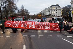 2018-01-29 Anti-pollution protesters bring rush hour traffic to standstill - London
